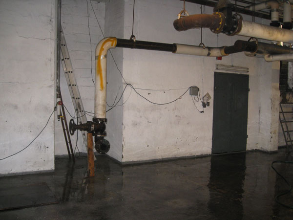 Photo of Middle stage - 15,000 Lb Boiler Removal (Job Complete)